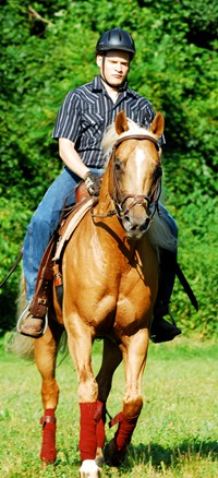 A student in a western riding class at Meredith Manor.